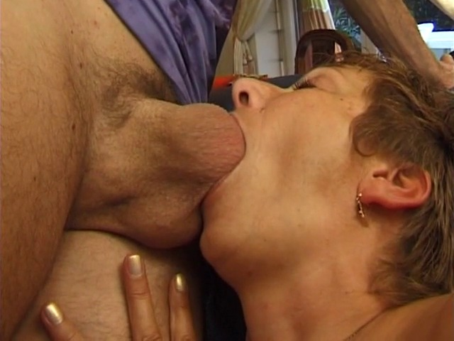 video d'uen suceuse mature