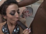 Double perforation lors d'un gang bang interracial